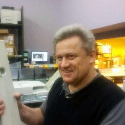 Cezary Latkowski Service Technician
